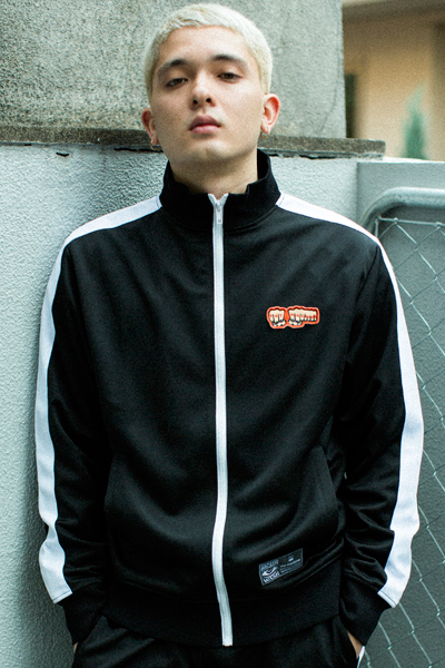 TOY MACHINE TMP18JK25 TRACK JACKET BLACK