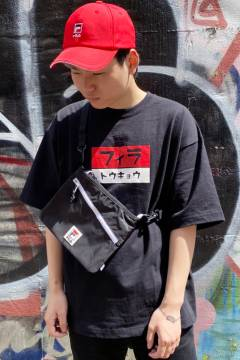 FILA FFM9841 ユニセックス クルーネックシャツ BLACK