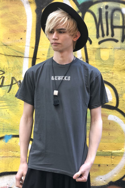 REBEL8 Displaced Premium Embroidered Tee Black
