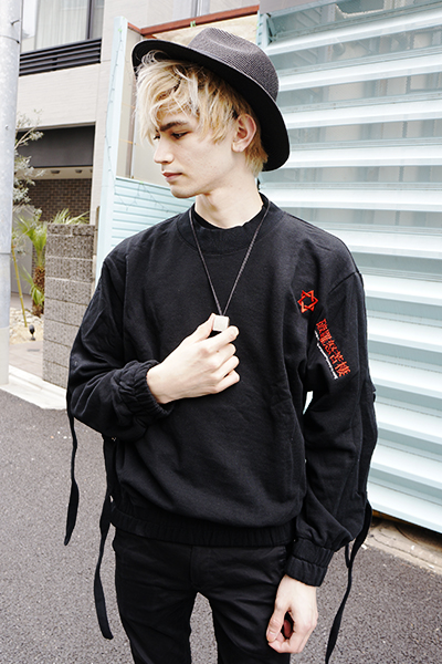 PARADOX - STRING SHOULDER SWEAT (BLACK)