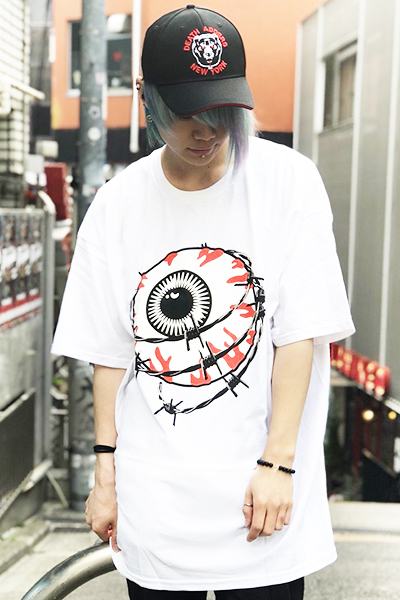 MISHKA(ミシカ) ENTANGLED KEEP WATCH T-SHIRT FL 171104 WHT