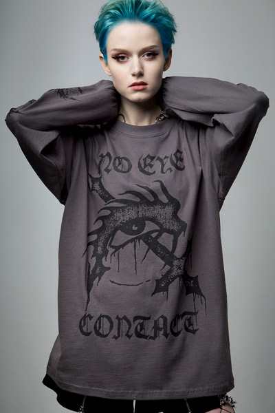 DISTURBIA CLOTHING No Eye Contact Long Sleeve Tee Charcoal
