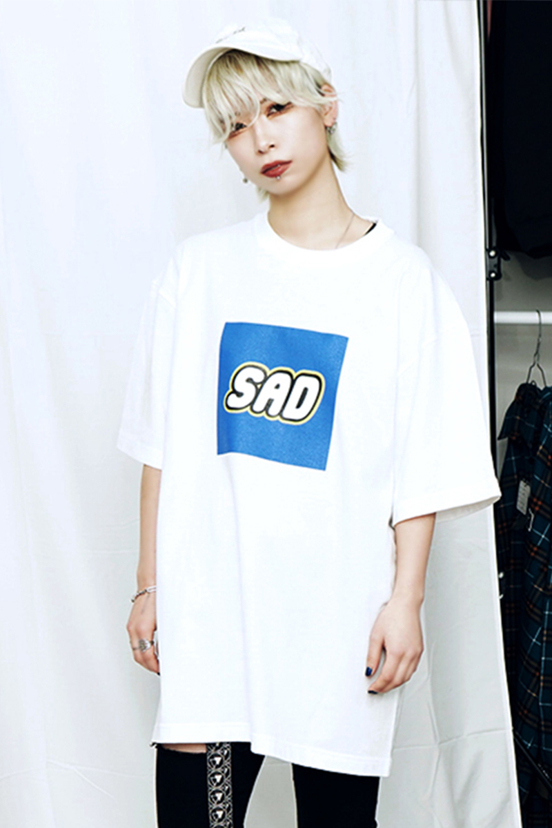 SLEEPING TABLET SAD [ TEE ] WHITE