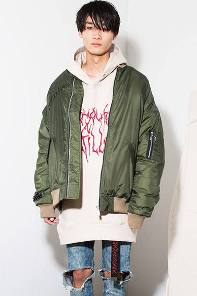 LILWHITE(dot) (リルホワイトドット) -ICICLE- OVERSIZED MA1 JKT OLIVE