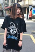 "LILWHITE(dot) LW-19SU-T01 ""PLANET"" TEE BLACK"
