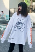 "LILWHITE(dot) LW-19SU-LT01 ""PLANET"" L/S TEE WHITE"