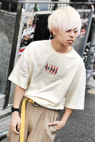 REBEL8 REBEL VIII Embroidered Tee Cream