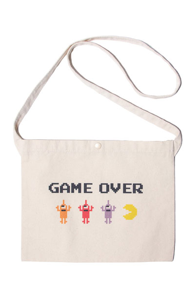 TOY MACHINE PTM19BG08 PACMAN GAMEOVER SECT BAG N.WHITE