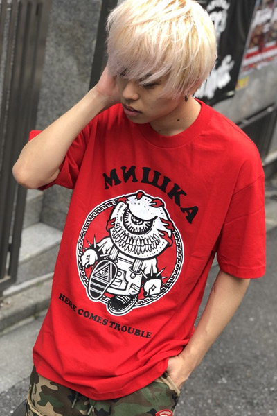 MISHKA EX181341 HERE COMES TROUBLE TEE RED