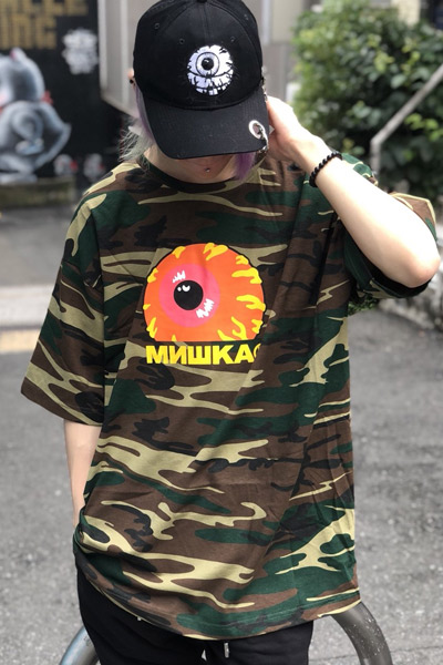MISHKA SP181301CM KEEP WATCH TEE CAMO