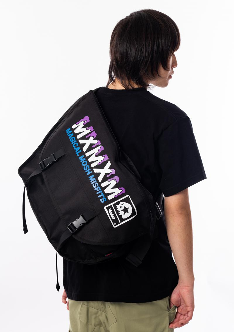 MAGICAL MOSH MISFITS MAGICAL MOSH MESSENGER BAG BLACK