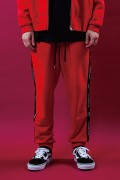 LILWHITE(dot) LW-18AU-B01 -STATEMENT- SIDE LINE SWEAT PANTS RED