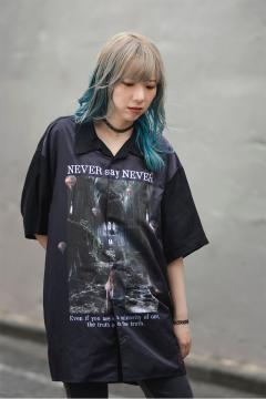 Zephyren(ゼファレン) PHOTO PRINT SHIRT S/S - NEVER say NEVER - BLACK / PAISLEY