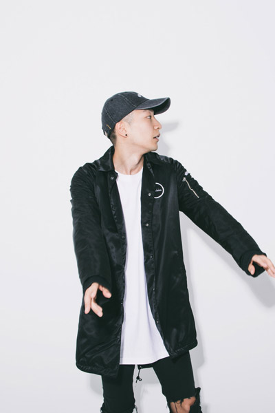 LILWHITE. (リルホワイト) -F/B-LONG COACH JKT BLK