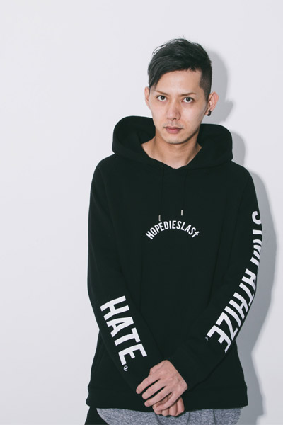 LILWHITE. (リルホワイト) -LILARCH-SIDE ZIP HOODIE BLACK