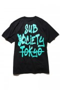 Subciety (サブサエティ) TAG S/S BLACK/GREEN