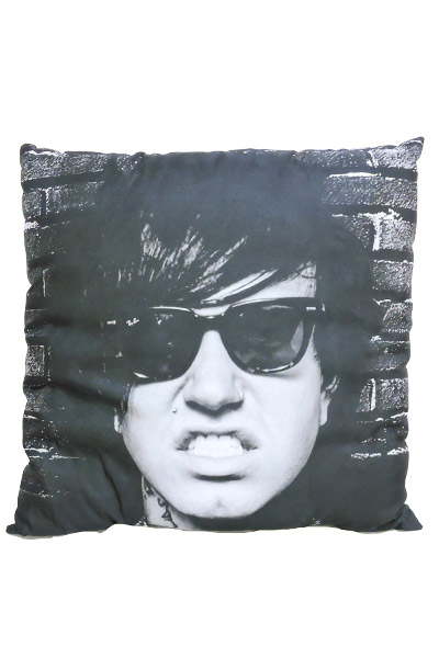 STAY SICK CLOTHING Sleep With Fronz Black Toss Pillow