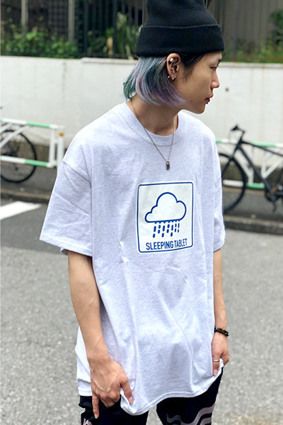 SLEEPING TABLET RAIN [ TEE ] ASH GRAY