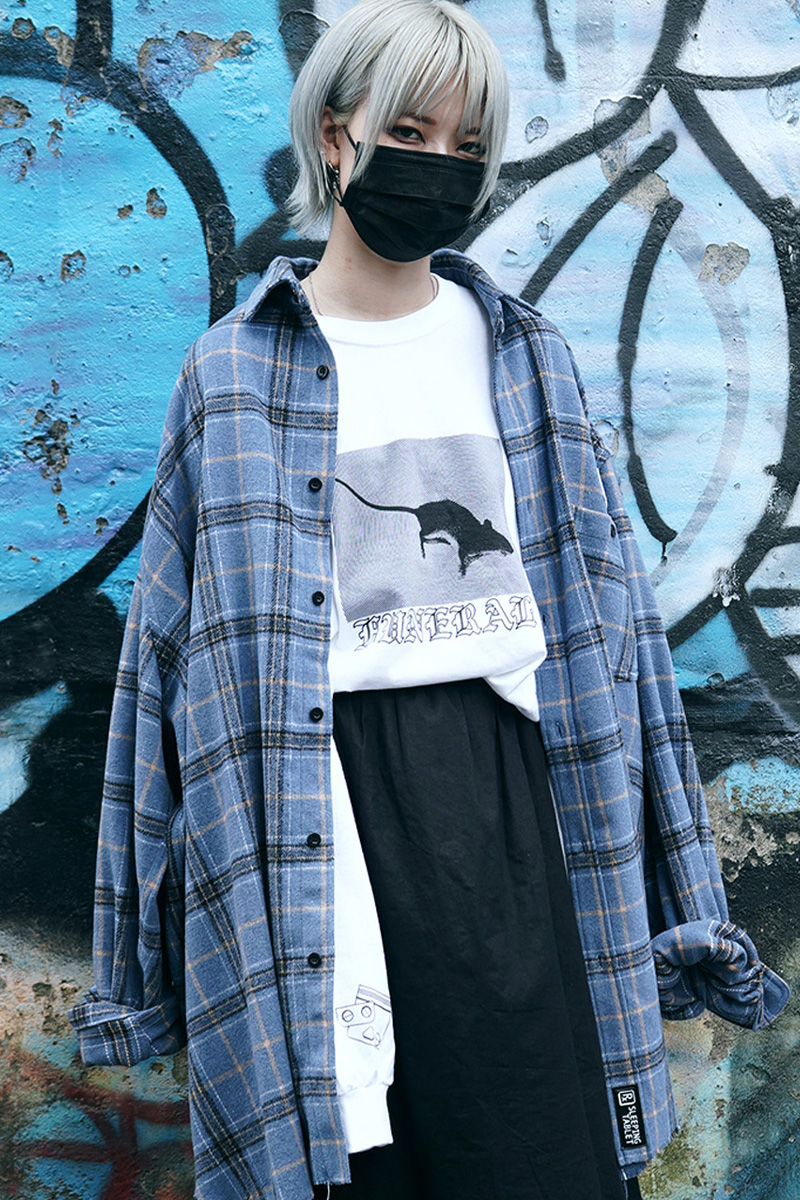 SLEEPING TABLET STONE [ FRAYED HEM LOOSE SHIRTS ] BLUE