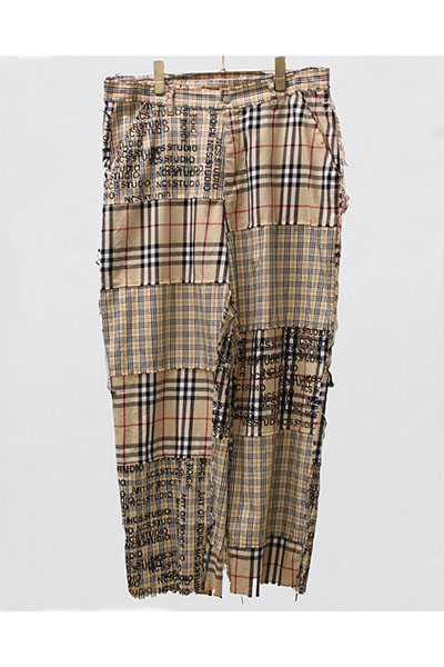 "NOT COMMON SENSE ""NCS pattern printed"" Cutting off pants BEIGE"