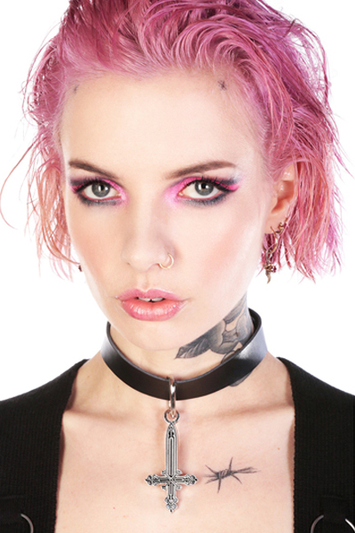 DISTURBIA CLOTHING Crucifix Choker