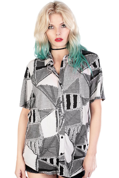 DISTURBIA CLOTHING Layne Shirt B&W