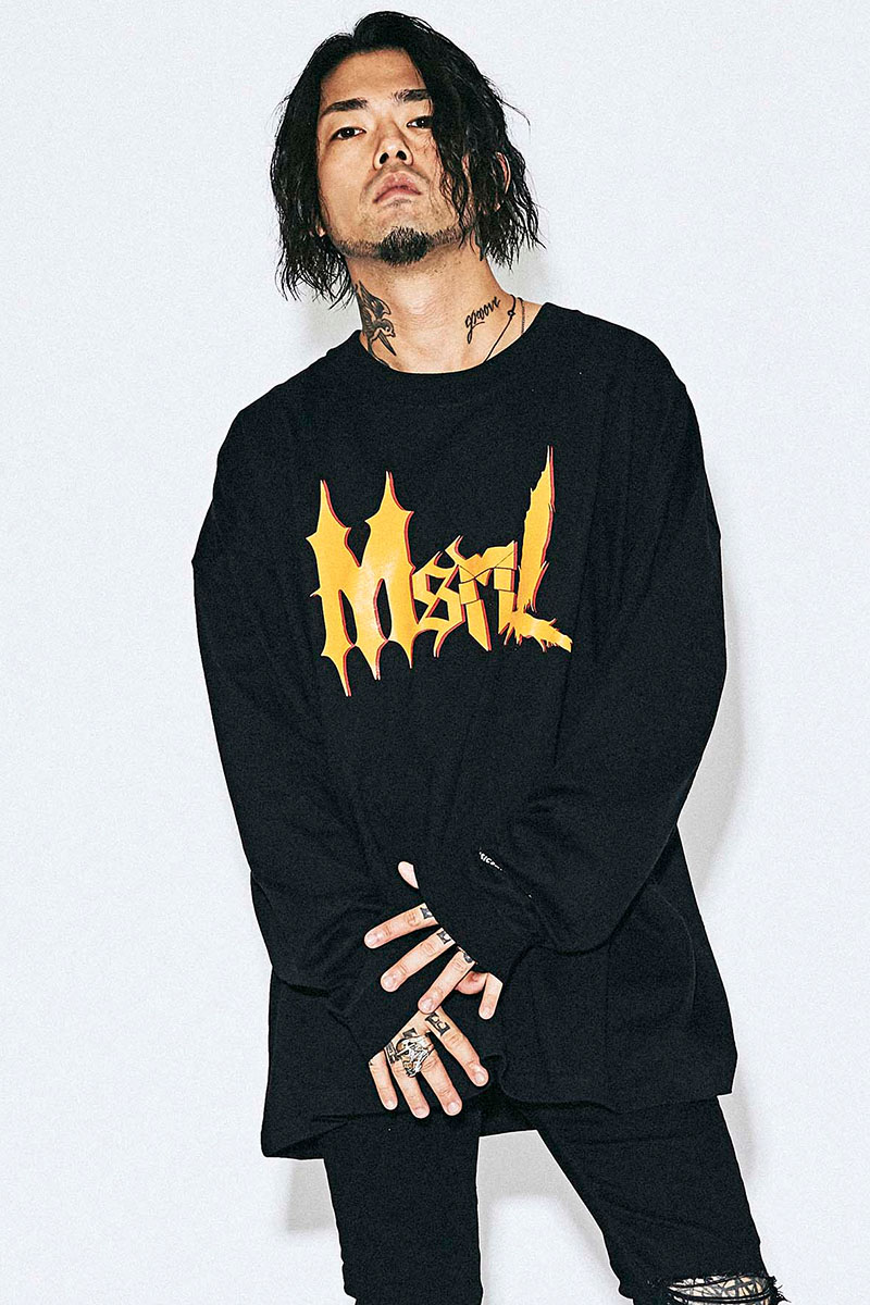 【予約商品】MUSIC SAVED MY LIFE M201-02L1-CL02 LOGO OVERSIZED LONG SLEEVE TEE BLACK