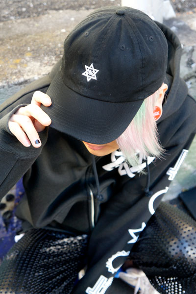 DEADHEARTZ HEX low cap Black