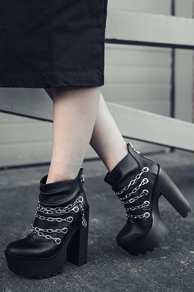 DISTURBIA CLOTHING Mary Chain Boots