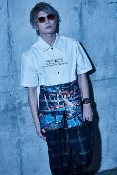 【予約商品】Zephyren(ゼファレン) PHOTO PRINT SHIRT S/S - Decadence - WHITE