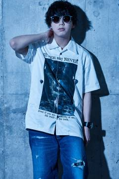 Zephyren(ゼファレン) PHOTO PRINT SHIRT S/S - NEVER say NEVER - WHITE