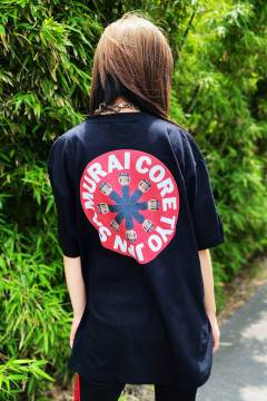 SAMURAI CORE SR-TE-004C GIVE IT こけしTEE BLACK