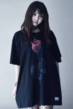 アマツカミ 棘薔薇 T-Shirt Black