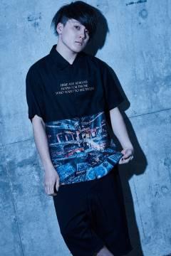 【予約商品】Zephyren(ゼファレン) PHOTO PRINT SHIRT S/S - Decadence - BLACK