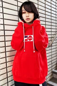 FILA TOKYO ユニセックス プルオーバーフーディ RED